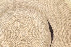 Texture de fond d'un chapeau de soleil de paille Photographie stock libre de droits