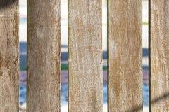 Texture de fond : Planches en bois avec des trous dans l'intervalle photographie stock libre de droits