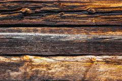 Texture de grands rondins d'une maison en bois image libre de droits