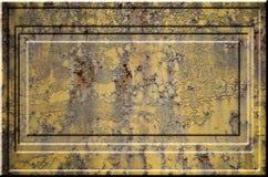 Texture de la surface métallique rouillée approximative jaune avec les parties accentuées grises encombrantes qui peuvent être vu Image libre de droits