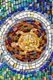 Texture de mosaïque colorée de tortue sur le mur Photos libres de droits