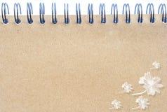 Texture (de papier) froissée Feuille de papier Images libres de droits