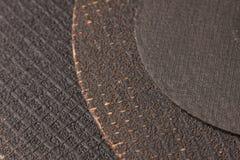 Texture de trois disques de coupure au-dessus du métal se trouvant sur l'un l'autre Image stock