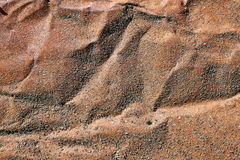 Texture de vieille feuille rouillée chiffonnée de fer Photo stock
