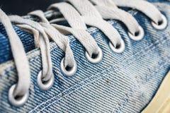 Texture des espadrilles bleues Photos libres de droits