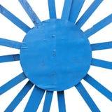 Texture en bois de rayon diagonal bleu d'isolement sur les milieux blancs photo stock