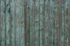 Texture en bois verte grise de vieux conseils us?s dans le mur de la barri?re images libres de droits
