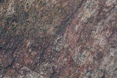 Texture et fond naturels de mur de roche Vieille surface en pierre de Brown texturisée Vue de plan rapproché de texture et de fon Photographie stock libre de droits