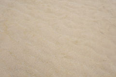 texture fine de sable d'ondulation sur la plage Photo stock
