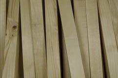 Texture focalisée de quelques morceaux de plats en bois Photo stock
