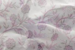 Texture, fond, modèle Dentelle rose sur le fond blanc broche Photo stock