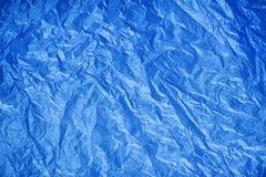 Texture froissée de plastique bleu photographie stock