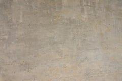 texture horizontal de las tarjetas del pino nudoso Muro de cemento Pared gris Pared sin pintar Foto de archivo