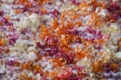 Texture lumineuse Tissu tricoté fil de fantaisie Fil de Buculent Photos stock
