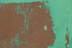 Texture métallique verte brunâtre d'un morceau de fer photos stock