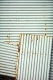 Texture ondulée de fond de mur en métal Photos stock