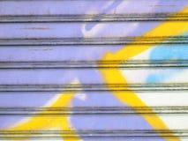 Texture ondulée en métal de zinc images stock