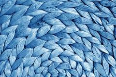 Texture ronde de tapis de paille dans le ton de bleu marine Photos stock