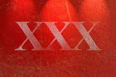 Texture rouge sale de mur de ciment images stock