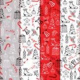 Texture sans couture de Noël avec les objets de Noël faits dans le style peint à la main Photographie stock libre de droits