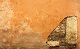 Textured pomarańcze ściana Obrazy Royalty Free