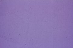 Textured purple wall with crack Royalty Free Stock Photography