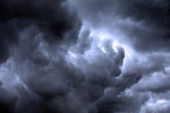 Textured skyscape: noc burzowy obłoczny głąbik z gradientem obrazy royalty free