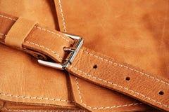 Texturer av läderhandväskor Arkivfoto