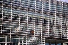 Texturer modern kontorsbyggnadfasad, konstruktion royaltyfria foton