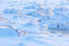 Texturera av snow sikt för hav för hummocksis panorama- abstrakt bakgrundsvinter Royaltyfria Bilder