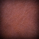 Texturerad röd läderbakgrund Royaltyfria Bilder