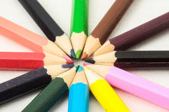 Texturerade nya kulöra blyertspennor Royaltyfria Foton