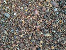 Texturhintergrund, Beschaffenheit von gerollten Flusssteinen stockfoto