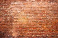 Texturice la pared de ladrillo del vintage, superficie urbana de piedra roja del fondo Fotos de archivo libres de regalías