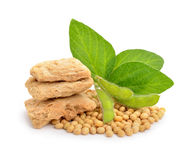 Texturiertes Soja with green pods, leawes and seeds. Stock Image