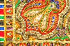 Textuur, achtergrond, patroon De sjaal van de vrouw, sjaal Heldere kleur Stock Afbeeldingen