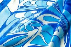 Textuur, achtergrond, patroon De de zijdezakdoek van een vrouw sjaal Royalty-vrije Stock Foto
