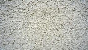 Textuur bij het witte cementmuur horizontaal eindigen Stock Foto's
