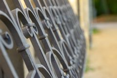 Textuur, de Oude grill van het metaalpark, selectieve nadruk royalty-vrije stock foto's