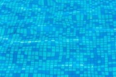 Textuur van blauw water in de pool Royalty-vrije Stock Afbeeldingen