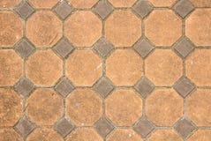 Textuur van blootgestelde betegelde cementvloer Stock Fotografie