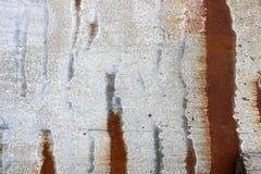 Textuur van grijs oud sjofel geoxydeerd metaal, ijzer met roestige strepen en patronen stock foto's