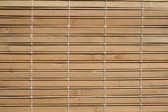 Textuur van het de zonneblindenpatroon van de bamboestijl de houten in goede staat royalty-vrije stock afbeelding