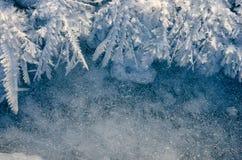 Textuur van ijs op blauwe achtergrond Stock Foto