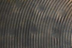 Textuur van zwaar - gebruikt bronshand gehamerd hihat klankbekken royalty-vrije stock foto's