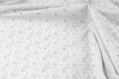 Textuurachtergrond van stof Doek met geslagen cirkels wit Royalty-vrije Stock Fotografie