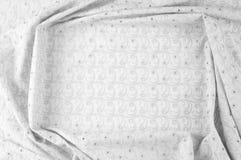 Textuurachtergrond van stof Doek met geslagen cirkels wit Royalty-vrije Stock Foto