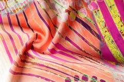 Textuurachtergrond, Zijdestof met abstract patroon col. Stock Foto