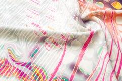 Textuurachtergrond, Zijdestof met abstract patroon col. Royalty-vrije Stock Fotografie