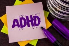 Textzeichen, das Adhd zeigt Begriffsfoto Lernen einfacher für das Kinderunterrichten nicht mehr eine schwierige Aufgabe gemacht g Stockfotos